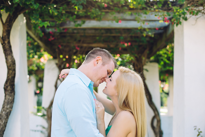 sunny downtown engagement session in Florida
