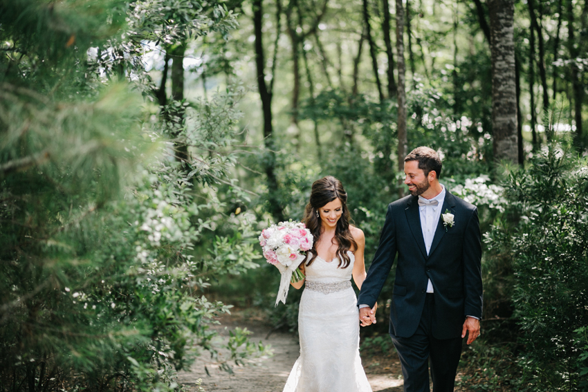 natural light woodsy wedding photos at the Pepper Plantation in a southern weddign in Charleston, South Carolina
