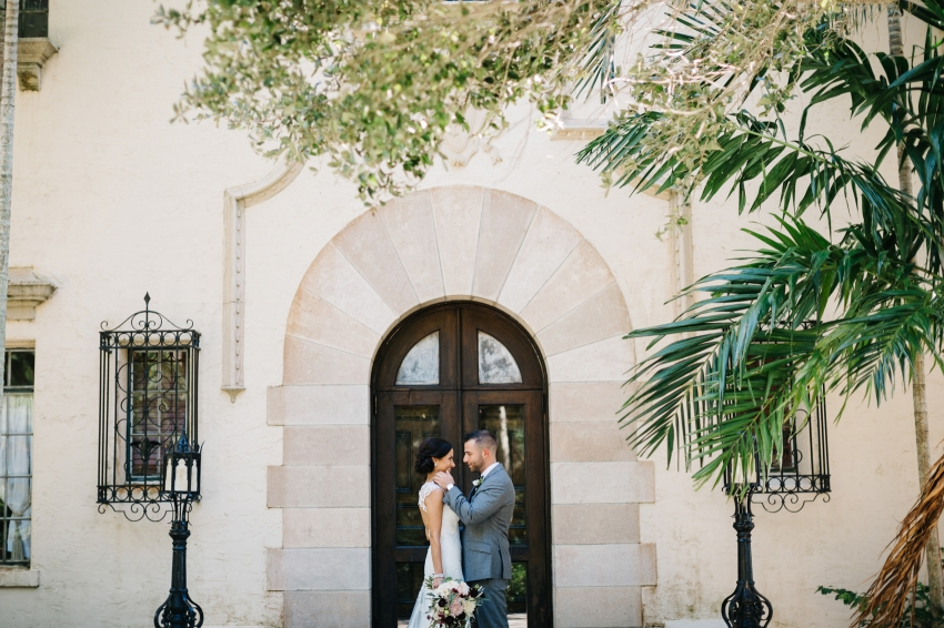 Romantic and candid wedding photos at the Powel Crosley Sarasota
