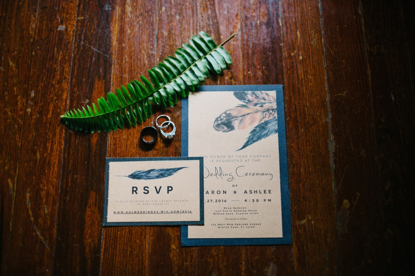 DIY boho wedding invitations with feathers and kraft paper