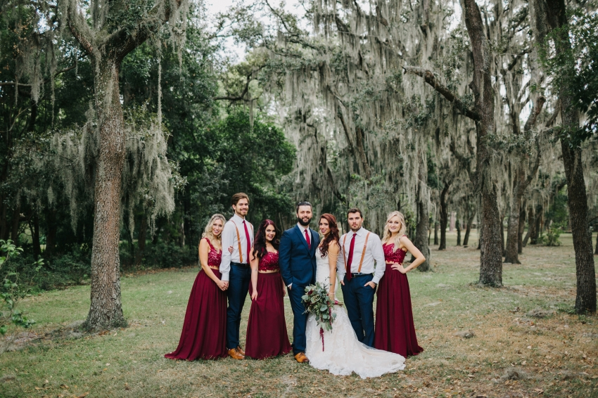 woodsy bridal party photos in Orlando