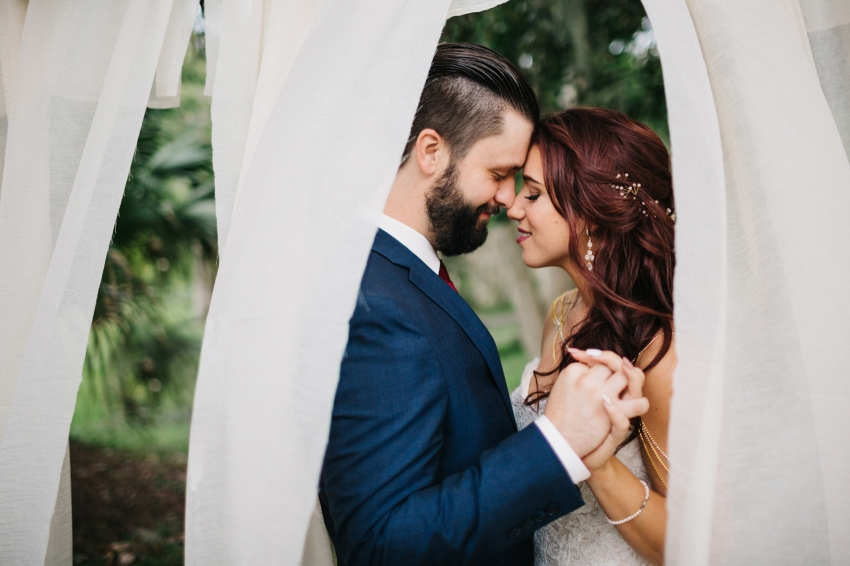Romantic boho wedding photos in Orlando Florida at the Winter Park Farmers Market