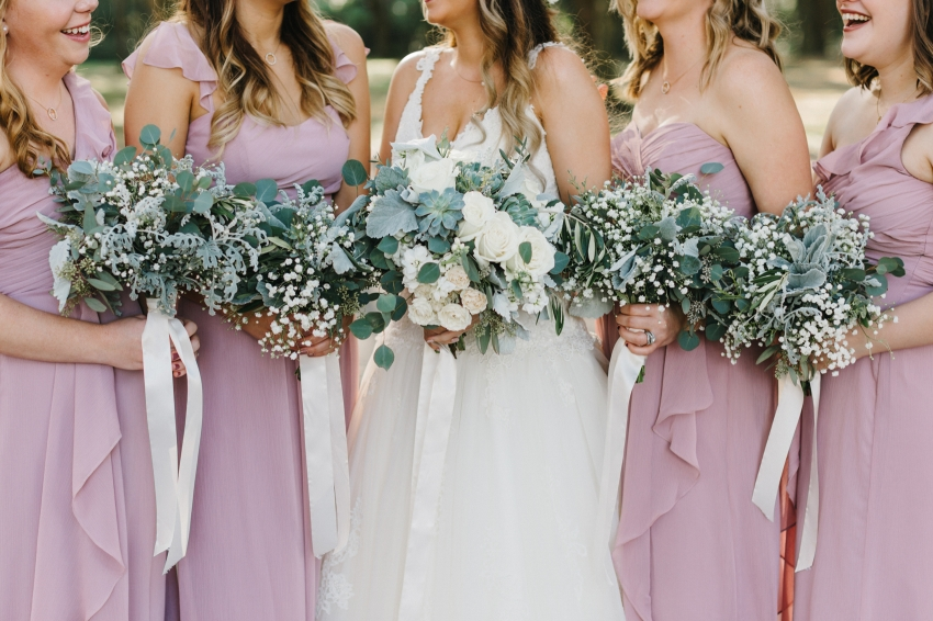 rustic wedding bouquets with succelents and baby breath