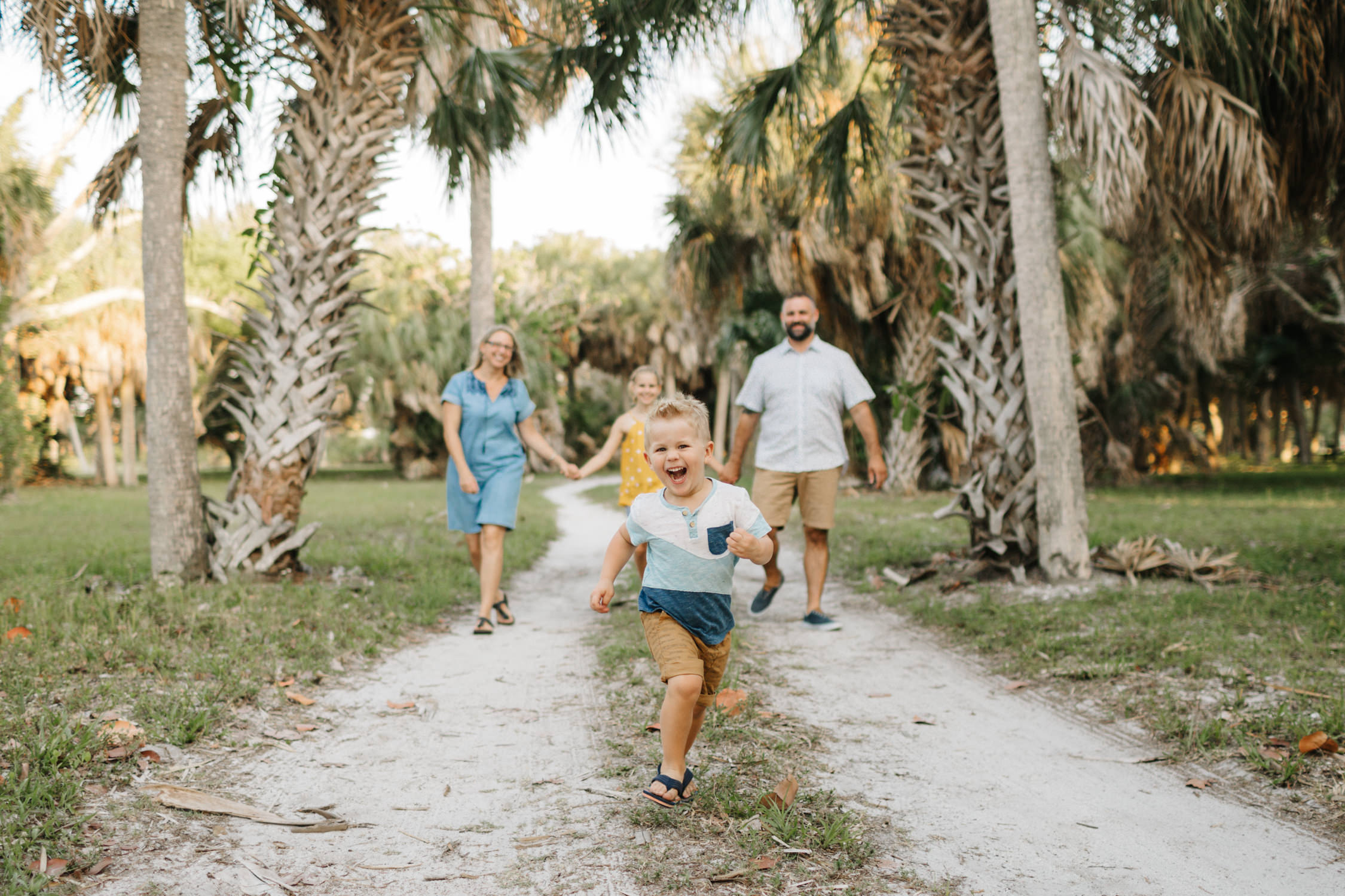 tampa-family-lifestyle-photographer-candid-natural-34